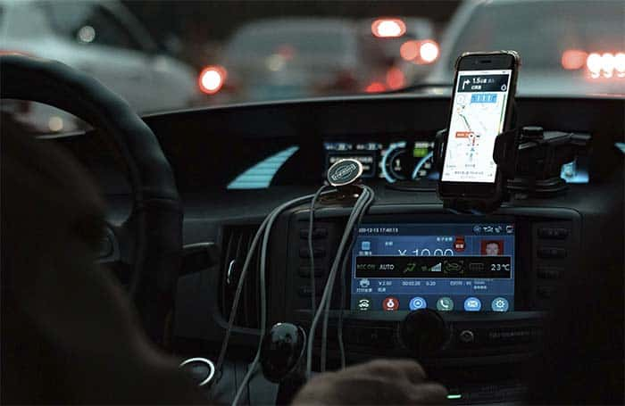 How To Charge Phone In Car with USB
