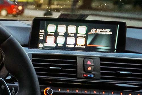 Apple CarPlay software download and requirements